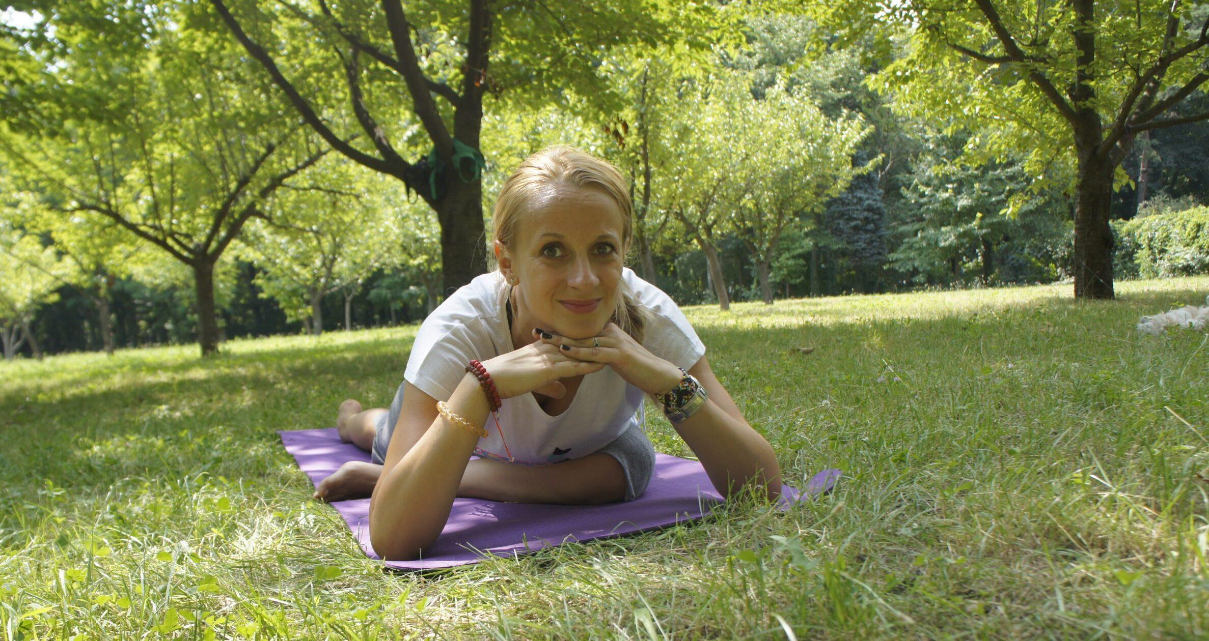Feminine Mindful Yoga Flow cu Michelle